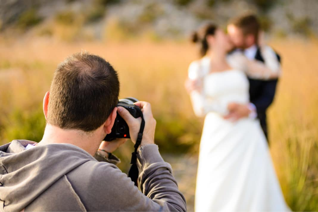 The Reasons Why You Should Hire a Professional Wedding ...
